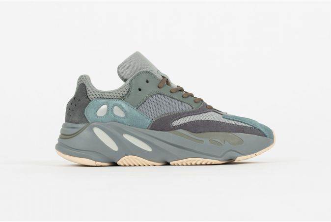 YEEZY BOOST 700 'TEAL BLUE'