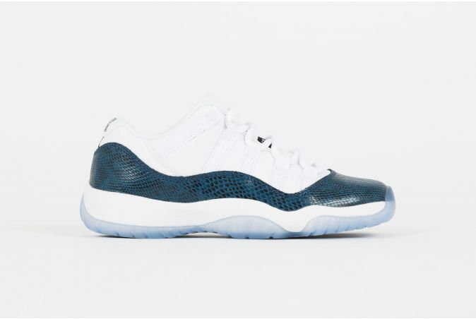 Air Jordan 11 GS Retro Low LE