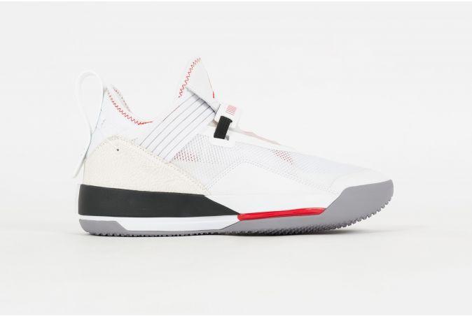 Air Jordan XXXIII SE