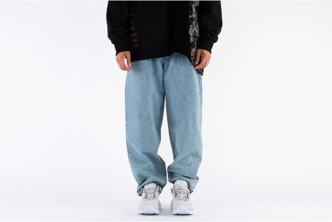 Washed Baggy Jeans