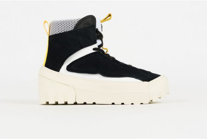 Chunky Runner Mid-Top
