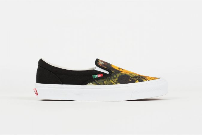 x FRIDA KAHLO OG Slip-On LX 'SELF PORTRAIT'