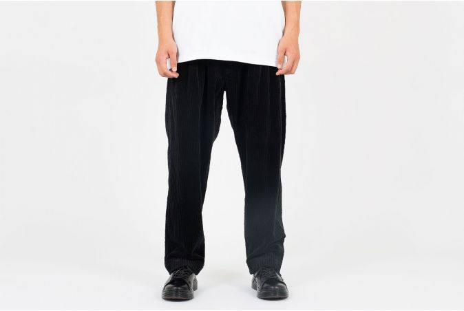 Tuck 02 Trousers
