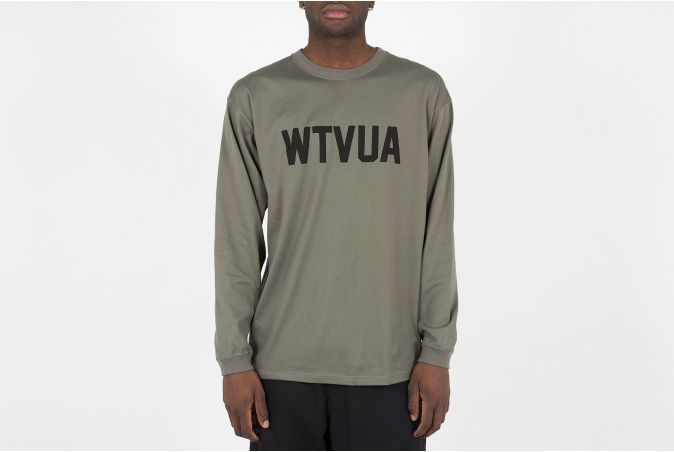WTVUA / Pullover. Knit