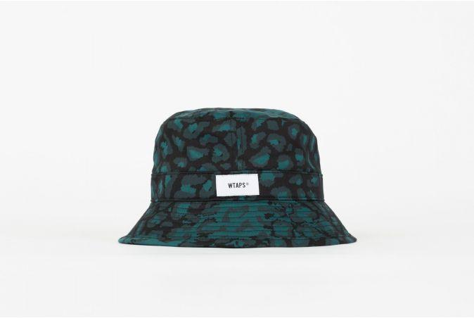 Bucket 03 / Hat / Cotton. Satin. Camo